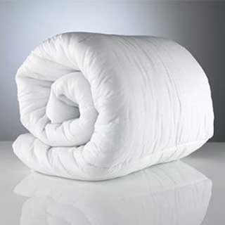 Baby Bedding - Baby Bed Linen - Cot Duvet - Hollowfibre Filled - Alergy Free - 4.5 Tog - White