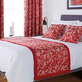 Kendal Design Quilted Bed Runner - High Quality Polyester / Cotton Jacquard - Chilli