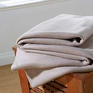 Blankets - Polar Fleece Hotel Blanket - 330gsm - Camel
