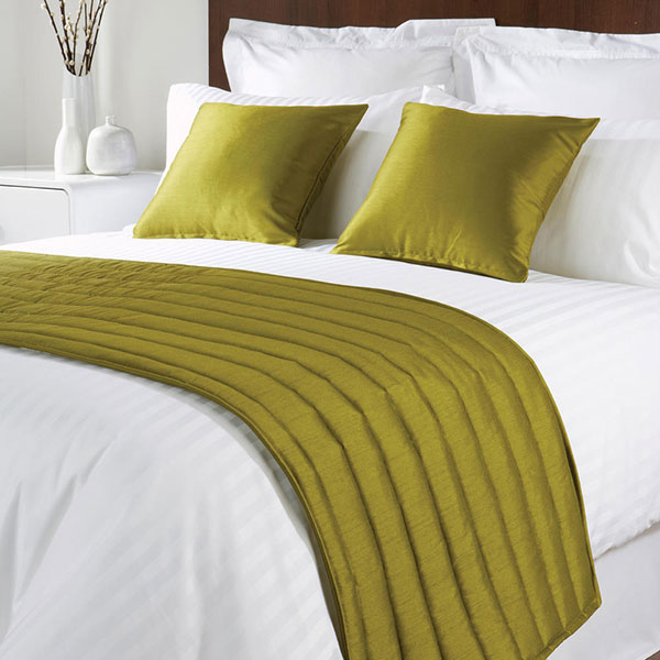 Sicily Design Quilted Bed Runner High Quality Faux Silk