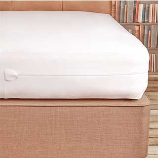Hotel Pillow Protector - Sleepsafe - Zipped - 100% Polyester - 50x75cm - White