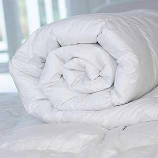 Hotel Duvet - Super Luxury Microfibre Fill - 100% Cotton Cover - 10.5 Tog - Box Construction - White