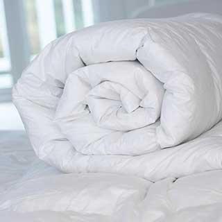 Hotel Zip & Link Duvet - Super Luxury Microfibre Fill - 10.5 Tog - Box Construction - White