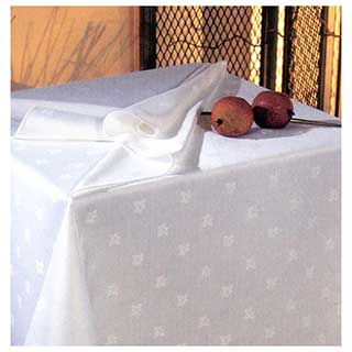 Ivyleaf Spun Polyester Table Linen
